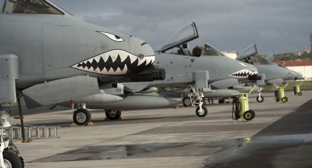 Americká letadla A-10 II Thunderbolt na základně Lajes do Pico v Portugalsku