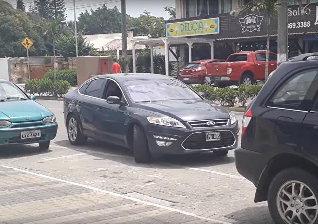 Jak dobře je vyjíždět z parkoviště, když máš pět kol