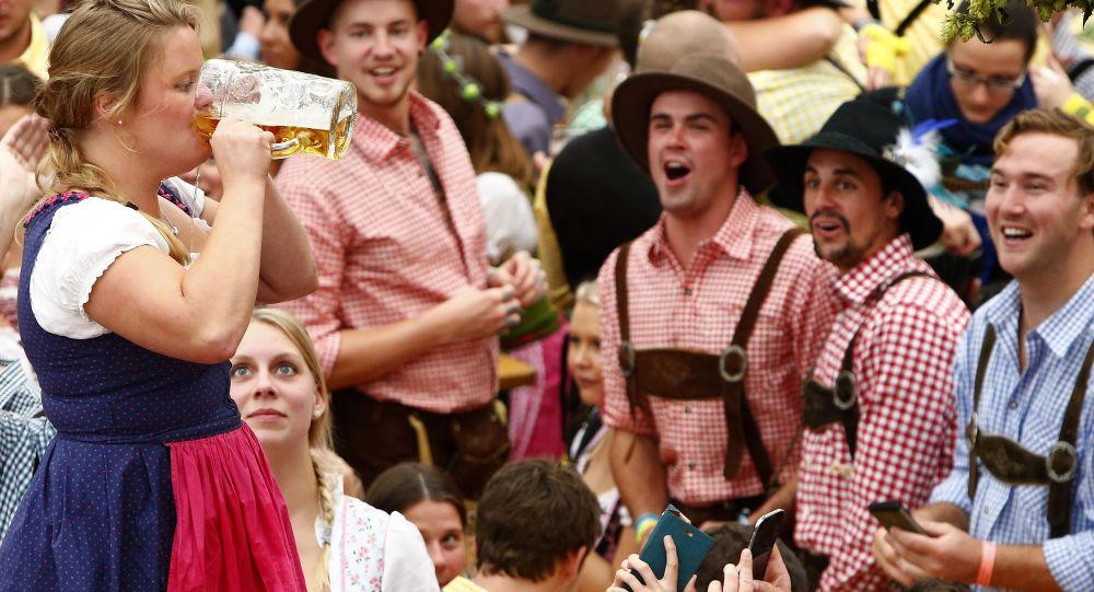 Oktoberfest v Mnichově, ilustrační foto, archiv