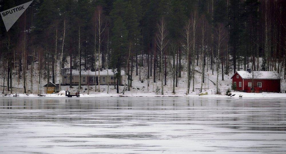 Jezero Puruvesi ve Finsku
