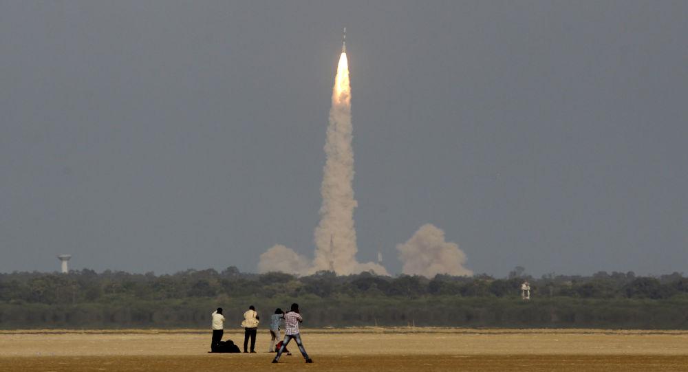 Indická družice IRNSS-1F (ilustrační foto)
