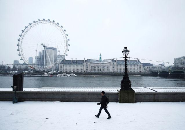 Londýn, Británie