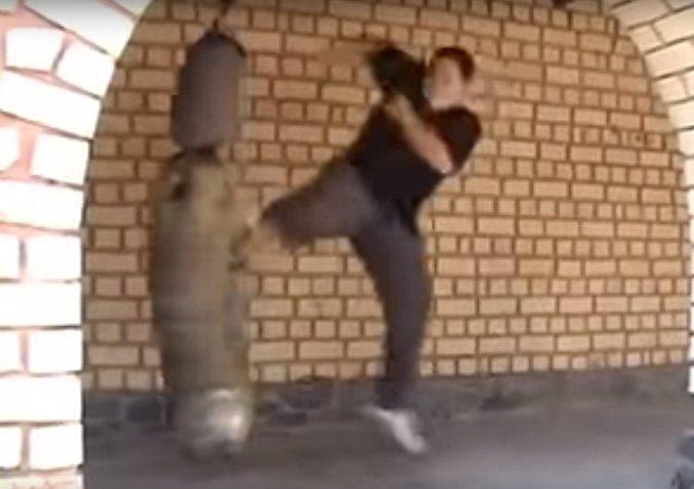 Bylo opublikováno VIDEO tajného stylu bojového umění