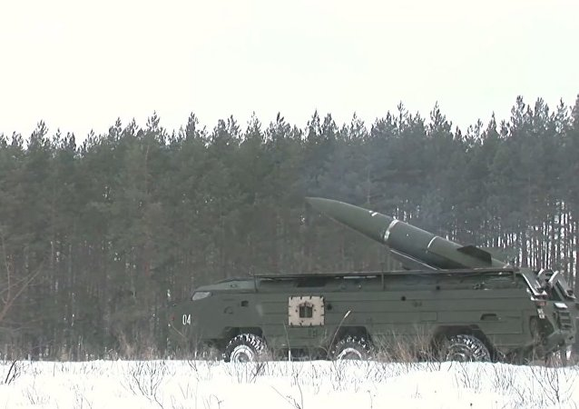Vojenská cvičení nedaleko Kursku