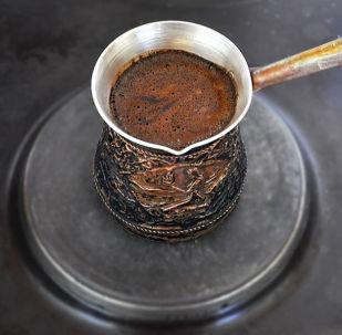 Káva v džezvě