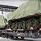 Uralvagonzavod ukázal nakládání prvních terminátorů pro ruskou armádu