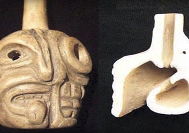 Píšťalka smrti Aztéků