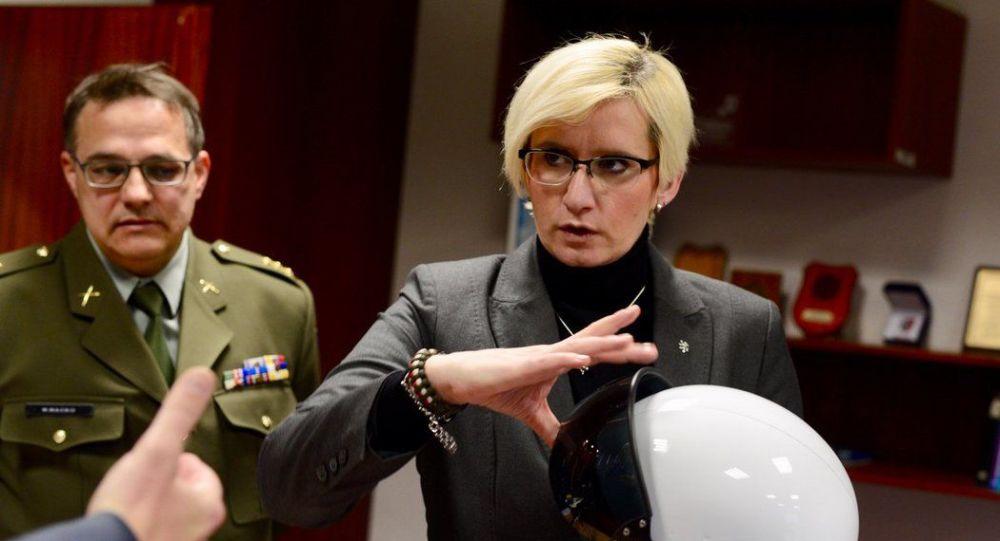 Ministryně obrany České republiky Karla Šlechtová