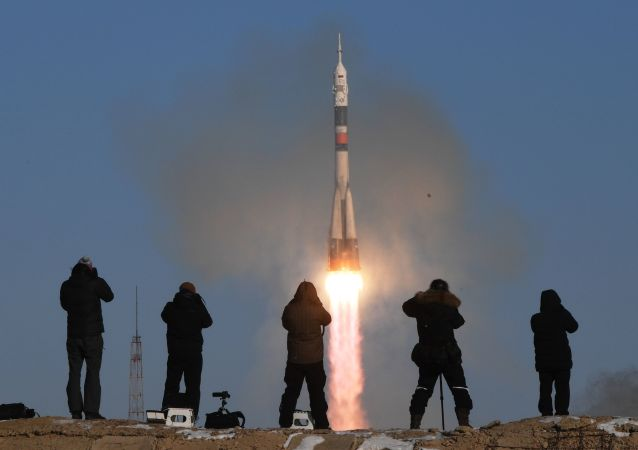 Start nosné rakety Sojuz-FG z kosmodromu Bajkonur