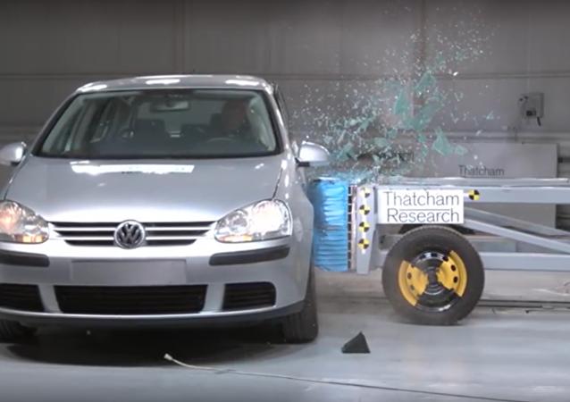 Švédové provedly crashtesty rezavých ojetých aut
