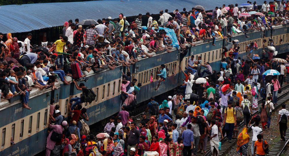 Vlak v Bangladéši. Ilustrační snímek