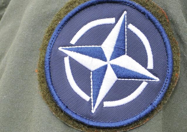 Emblém NATO