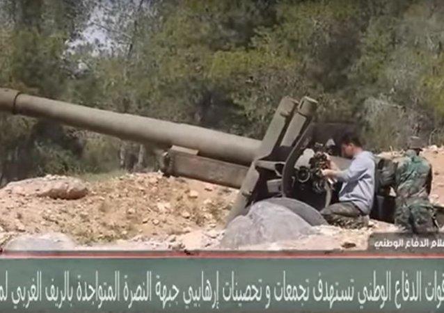 Legendární zbraně ML-20 z 2. světové války drtí teroristy v Sýrii