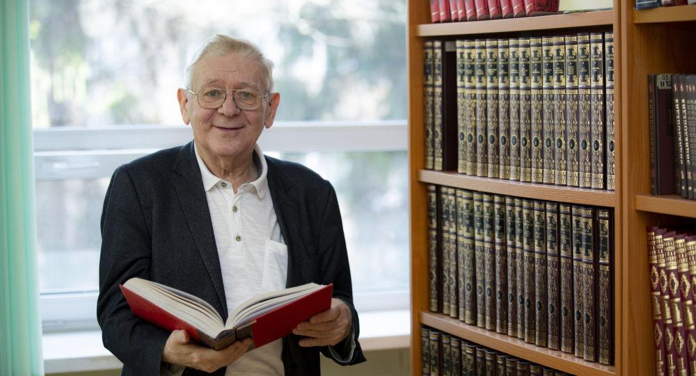 Profesor Technické univerzity v Liberci v České republice Anton Fojtík