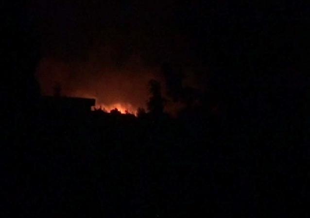 Požár na syrské základně