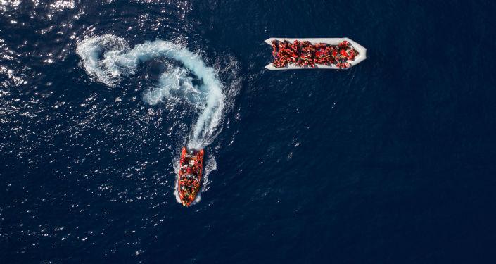 Nevládní organizace Open arms zachránila migranti