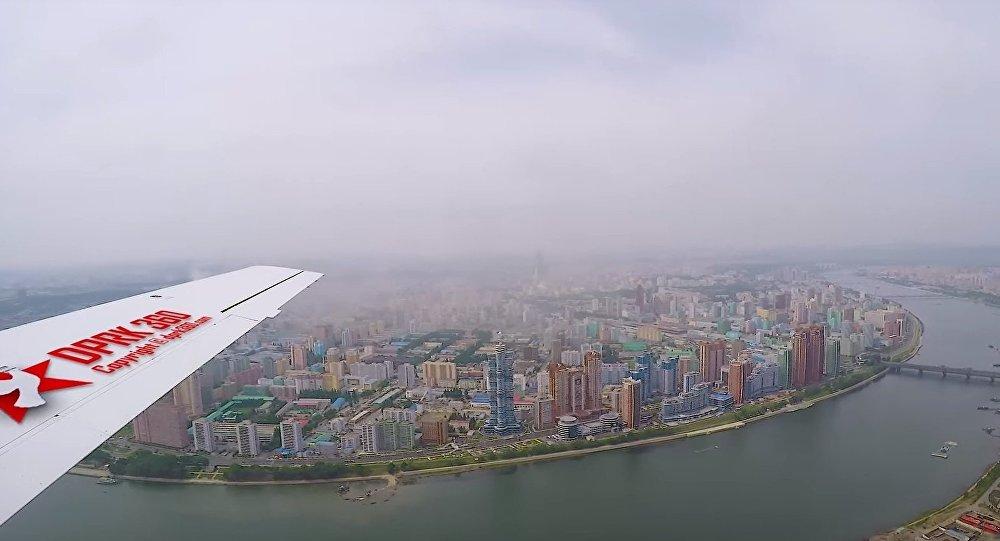 Jak vypadá Severní Korea z ptačí perspektivy, vzácné záběry (VIDEO)
