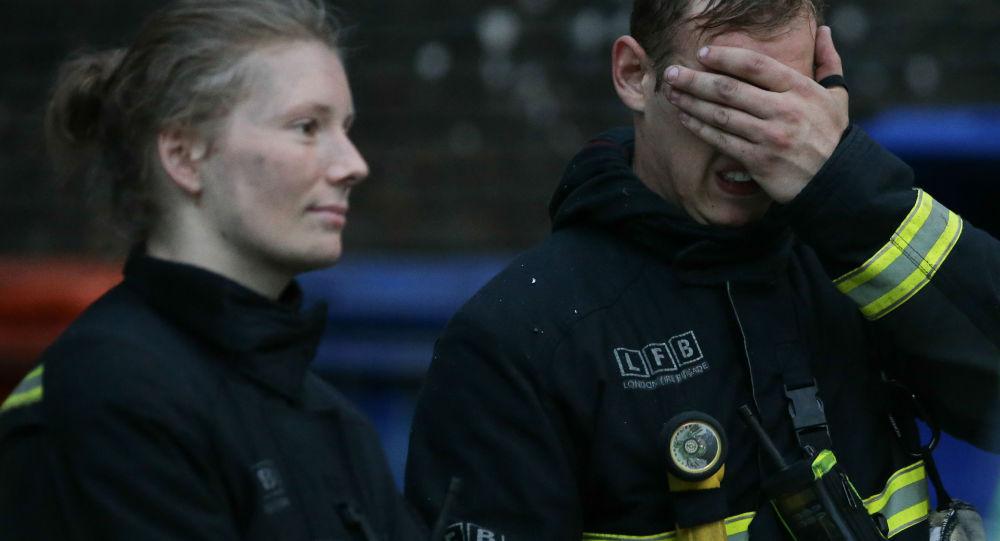 Britští hasiči. Ilustrační foto