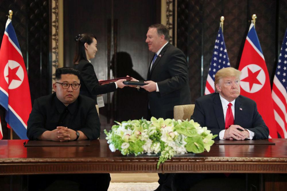 Historická událost: setkání prezidenta USA a lídra KLDR
