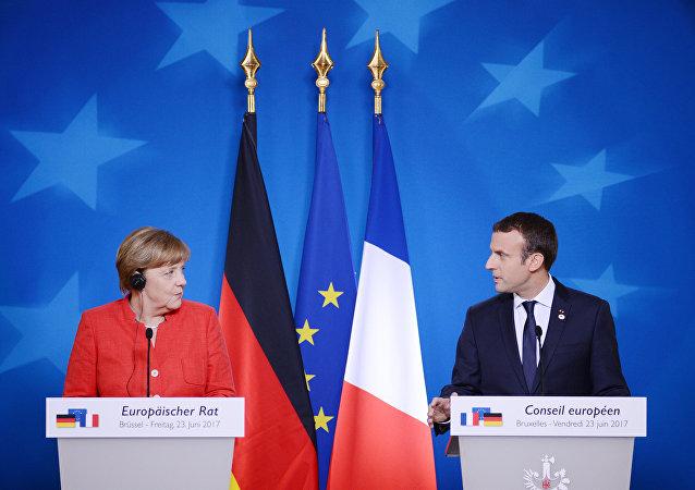 Kancléřka SRN Angela Merkelová a francouzský prezident Emmanuel Macron
