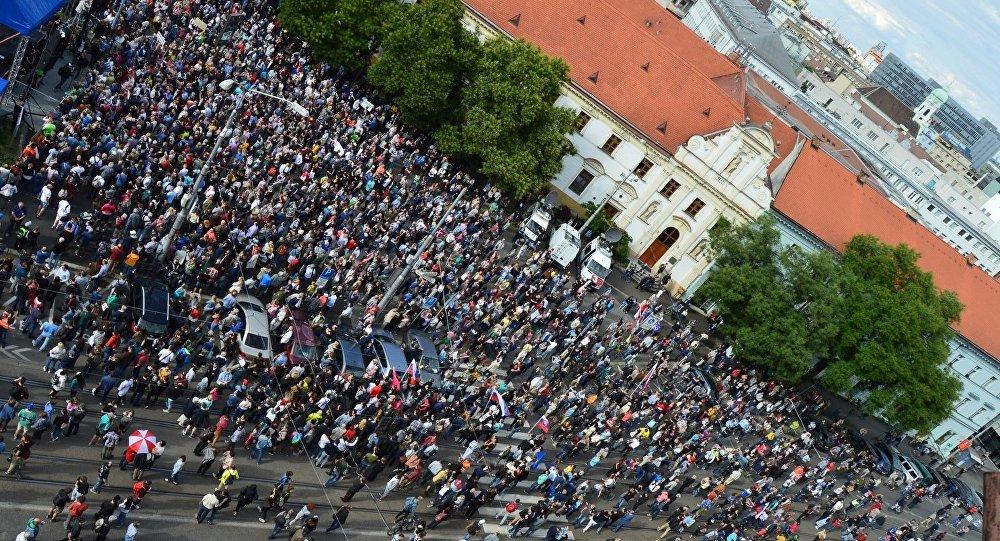 Na Slovensku se dnes koná další protest iniciativy Za slušné Slovensko