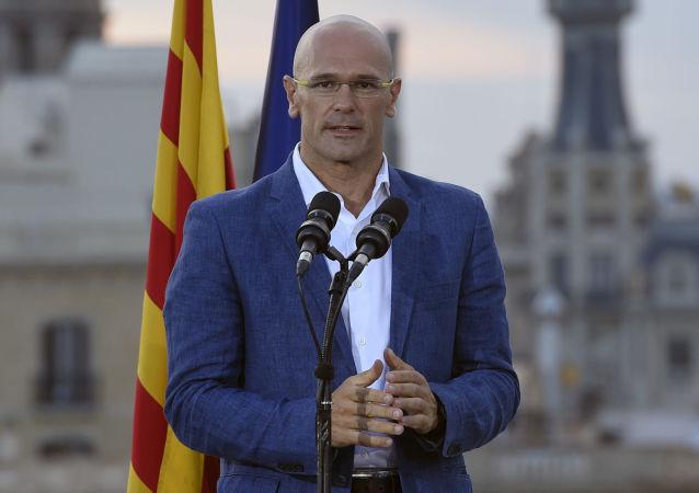 Zástupce koaličního hnutí za oddělení Katalánie Raul Romeva