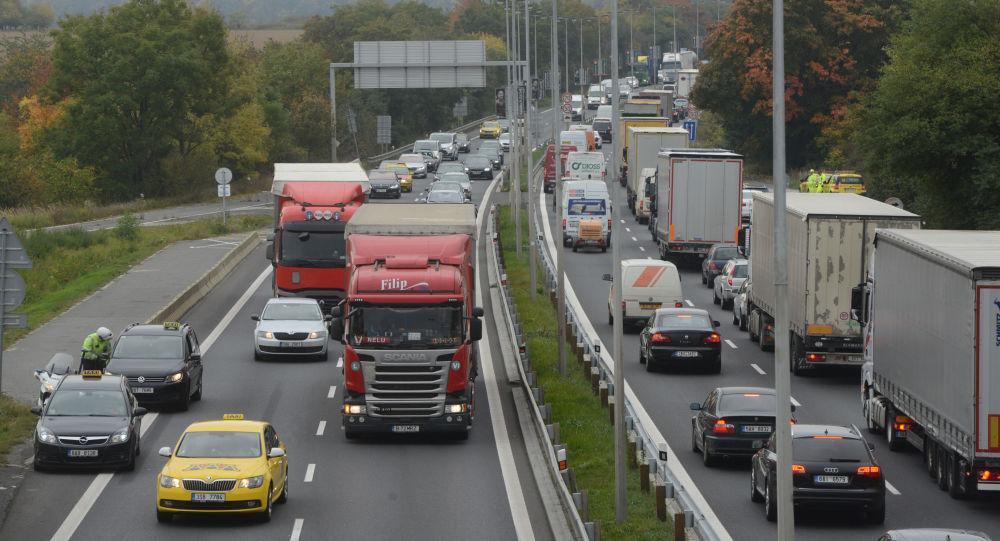 Silnice v Praze, Česko