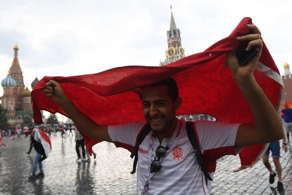 Fotbaloví fanoušci Světového poháru 2018 na Rudém náměstí v Moskvě, 2018