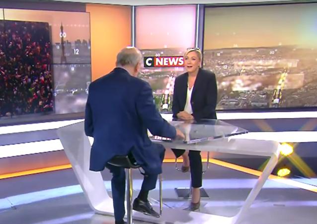 Le Penová navrhla zapojit Rusko do NATO a věnovat se boji proti terorismu