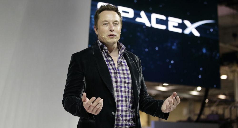 Zakladatel společností SpaceX a Tesla Elon Musk