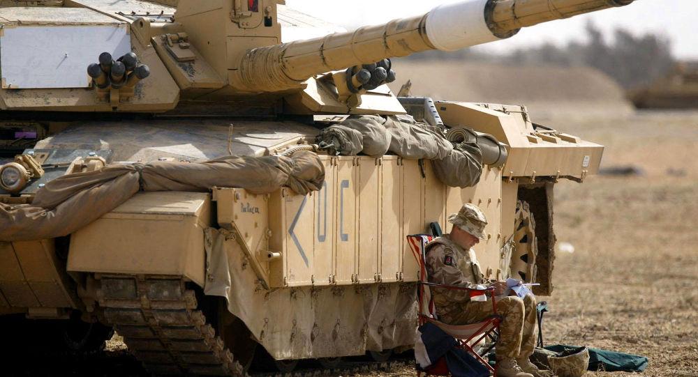 Britský tank Challenger 2