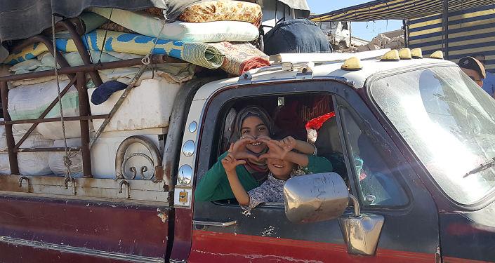 Syřané se vrací do svých domovů. Ilustrační foto