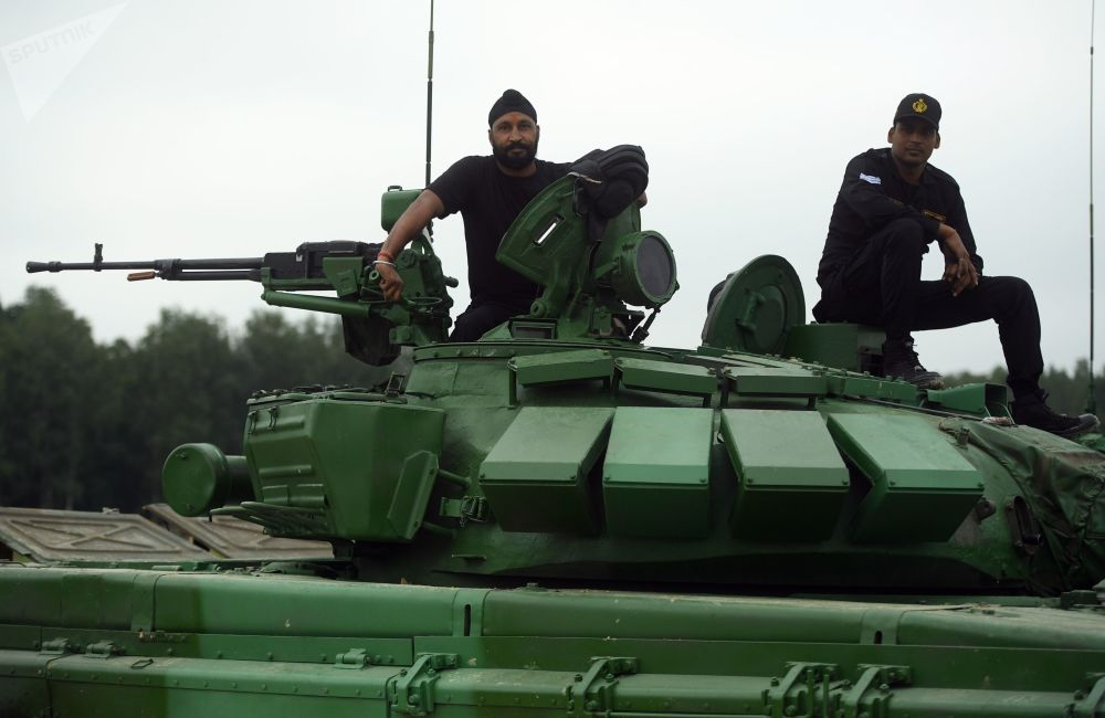 Ohnivý kolotoč. Proč tanky z celého světa dorazily do Moskevské oblasti