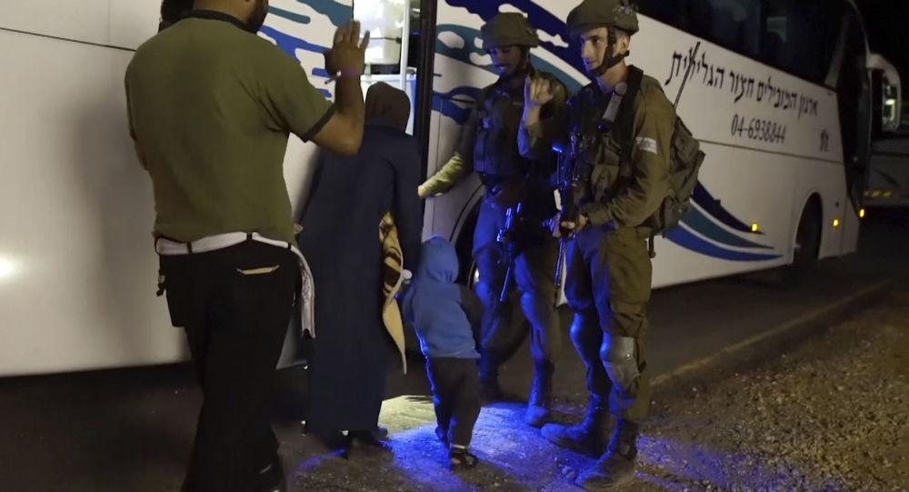 Evakuace Bílých přileb ze Sýrie