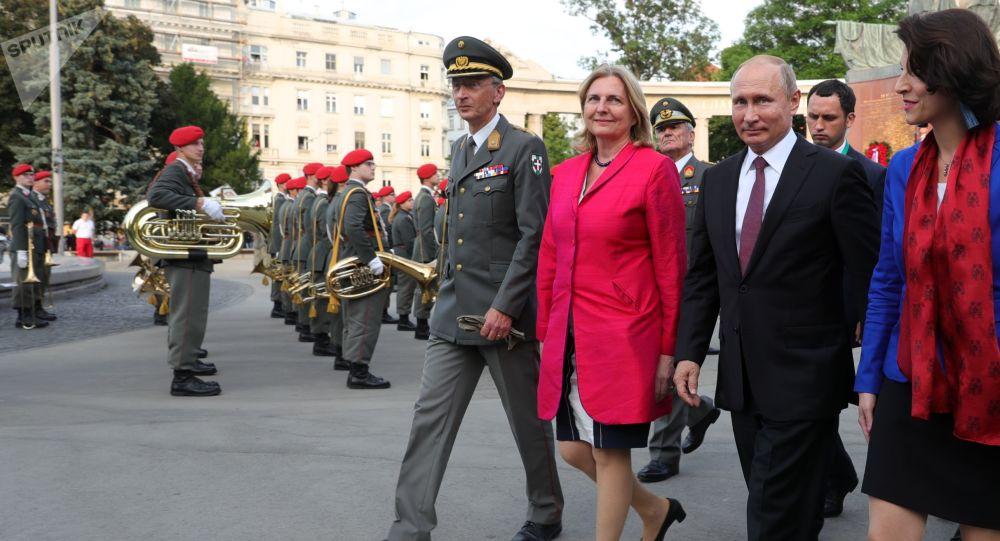 Karin Kneissl a Vladimir Putin