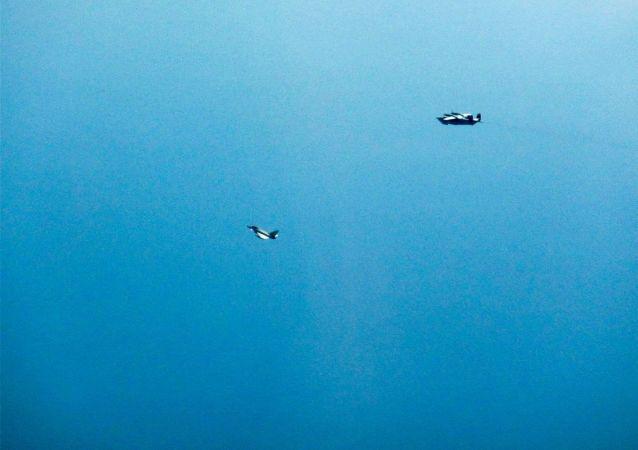 Britské stíhačky vzlétly kvůli ruským letounům nad Černým mořem