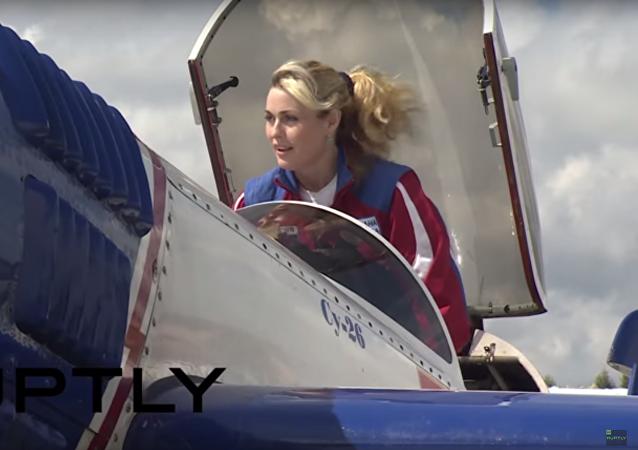 Nejzasloužilejší pilotka světa a její nejlepší kousky