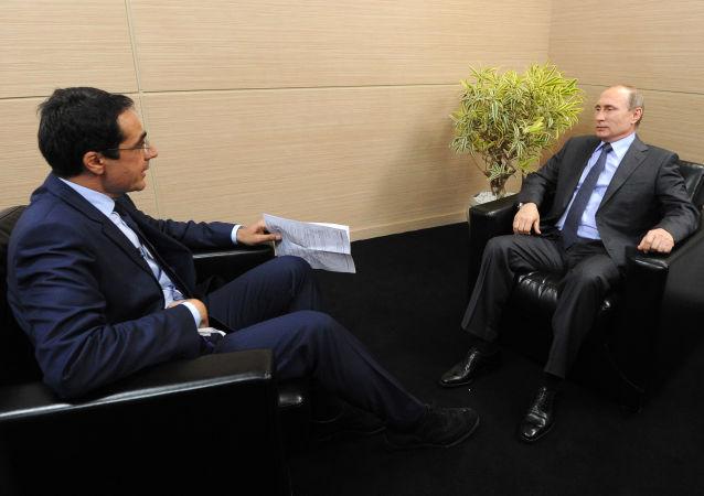Vladimir Putin, interview pro švýcarský televizní kanál RTS