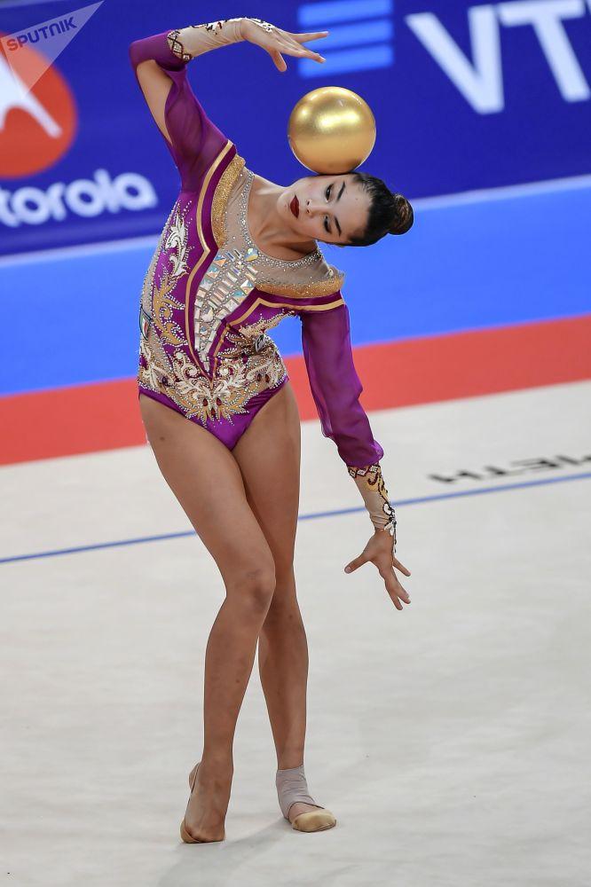 Co tyto dívky vytváří pomocí svého těla?! Mistrovství světa v rytmické gymnastice