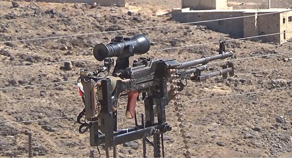 Automatický hlídkovací systém s kulometem Kalašnikova