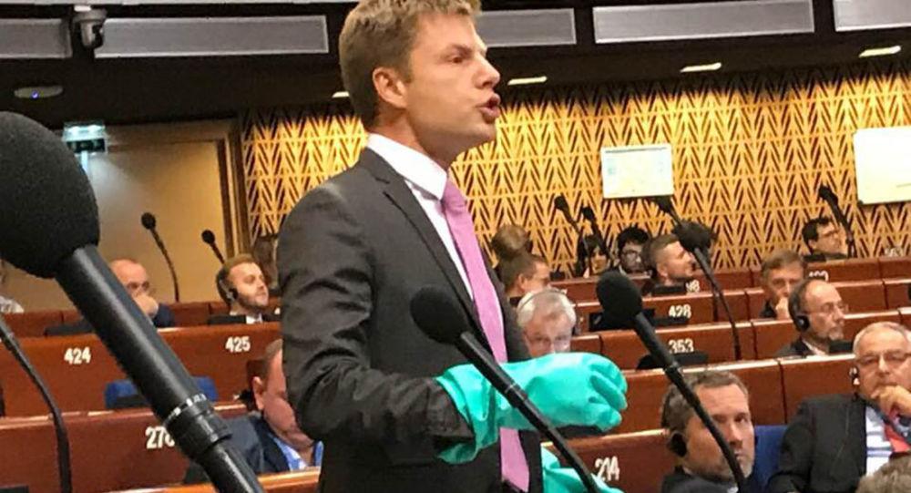 Projev zástupce Nejvyšší rady Ukrajiny Alexeje Gončarenko na shromáždění PACE