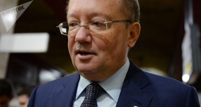 Velvyslanec Ruska ve Velké Británii Alexandr Jakovenko