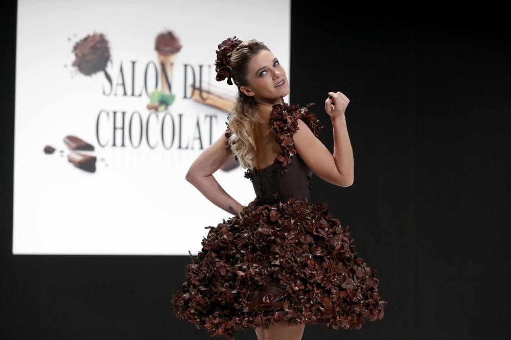 Všechno je v čokoládě. Módní přehlídka ve Francii
