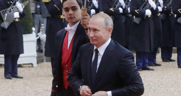 Ruský prezident Vladimir Putin v Paříži
