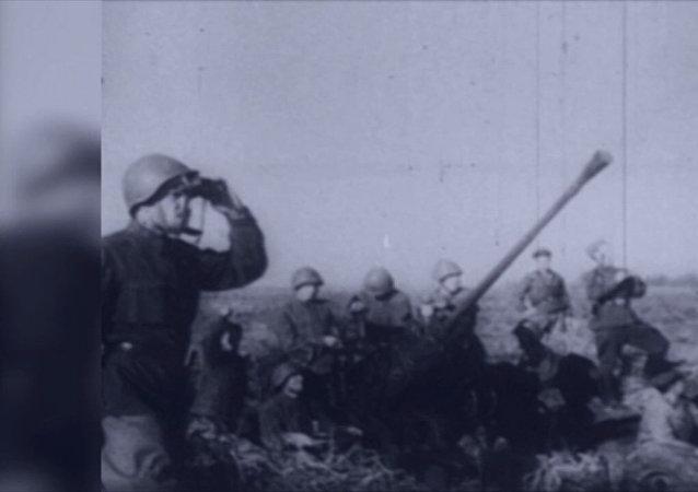 Bitva, která změnila dějiny. Před 76 lety začala útočná operace v bitvě u Stalingradu