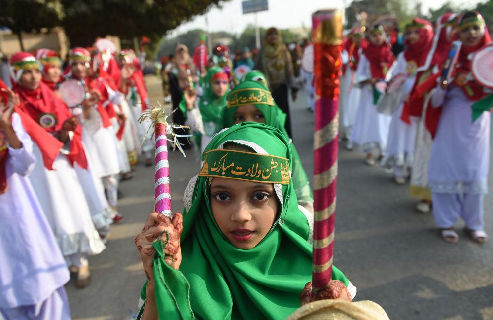Tento týden v obrázcích: Krásy přírody, protesty a oslavy