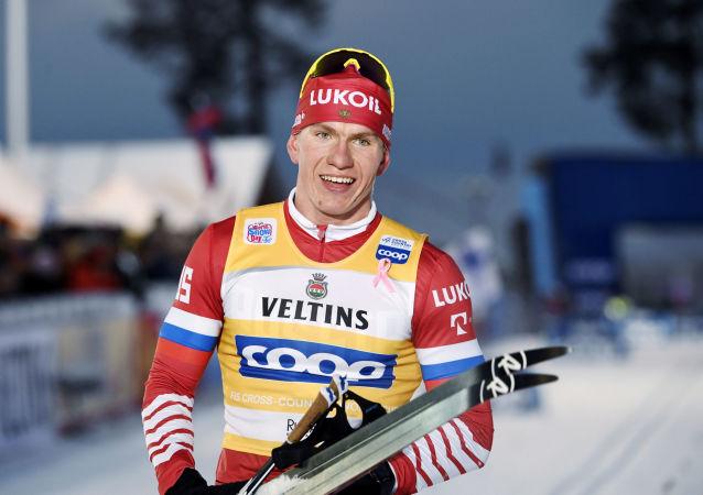 Ruský běžec na lyžích Alexandr Bolšunov