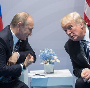 Americký prezident Donald Trump a ruský prezident Vladimir Putin