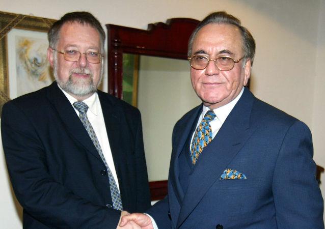 Jaroslav Bašta (vlevo). Ilustrační foto