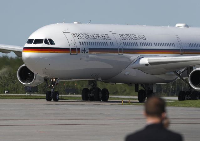 Vládní Airbus A340 německé kancléřky Angely Merkelové. Ilustrační foto